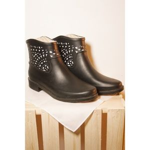 Chooka Laser Cut Ankle Rain Boots